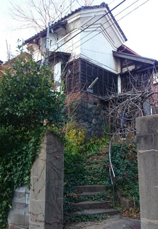 秋田駅前の「蔵ハウス」